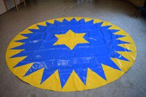 Manegeplane - Zirkusboden - 4 m - blau/gelb - gerändelte Kante